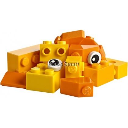 10713 LEGO Classic Creative Suitcase