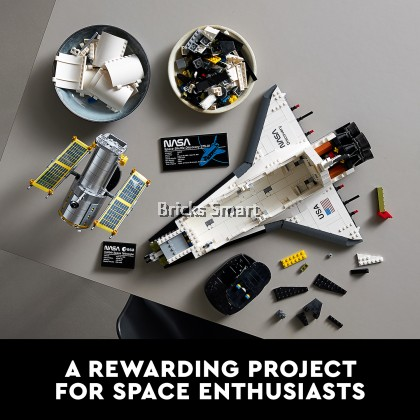 10283 LEGO Creator Expert NASA Space Shuttle Discovery (2354 Pieces)